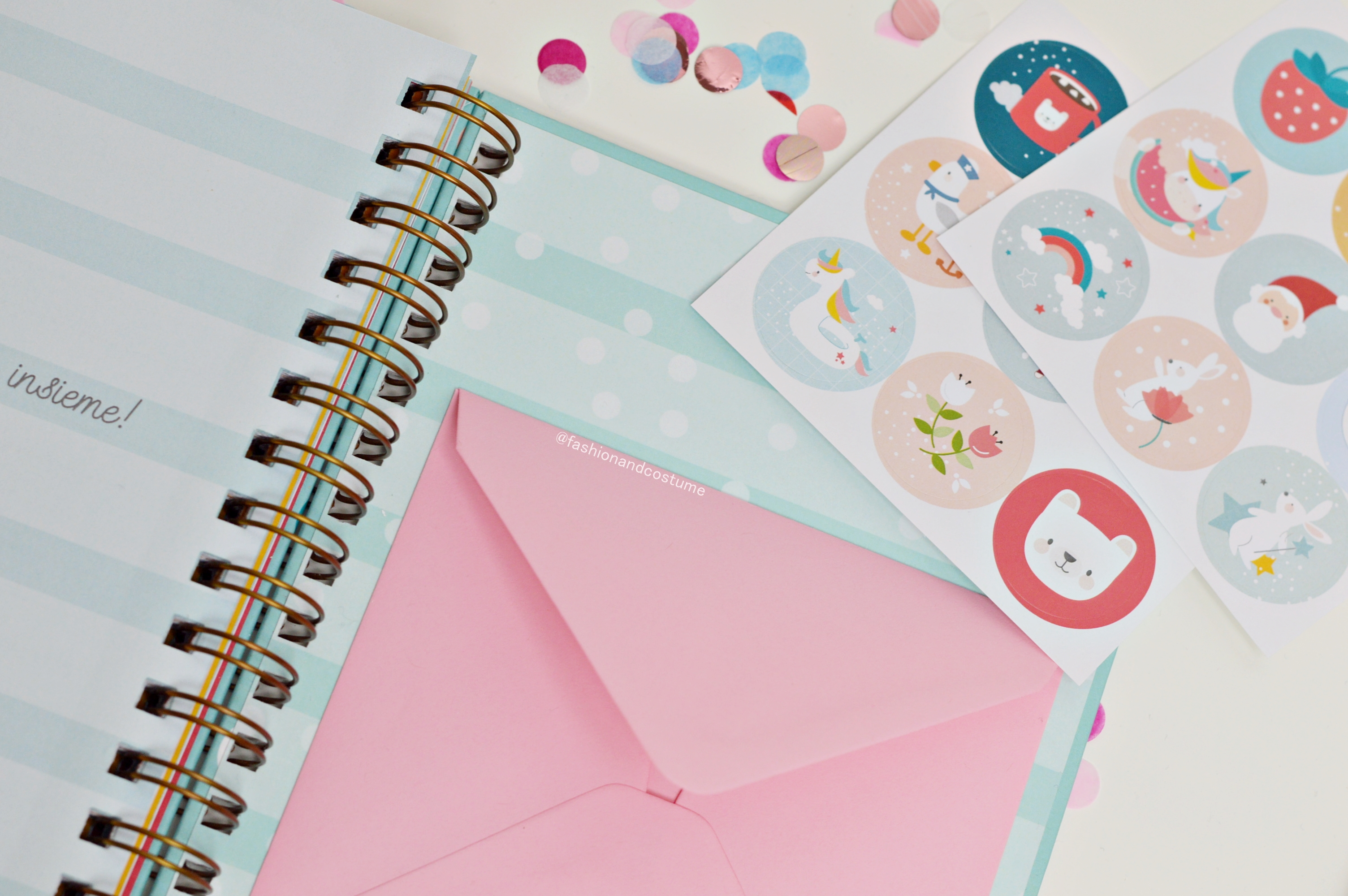 agenda-planner-2019-settimanale-weekly-giulia-lepetitrabbit-le-petit-rabbit-fashion-and-costume-fashionandcostume-graphic-designer-sticker-dove-acquistare
