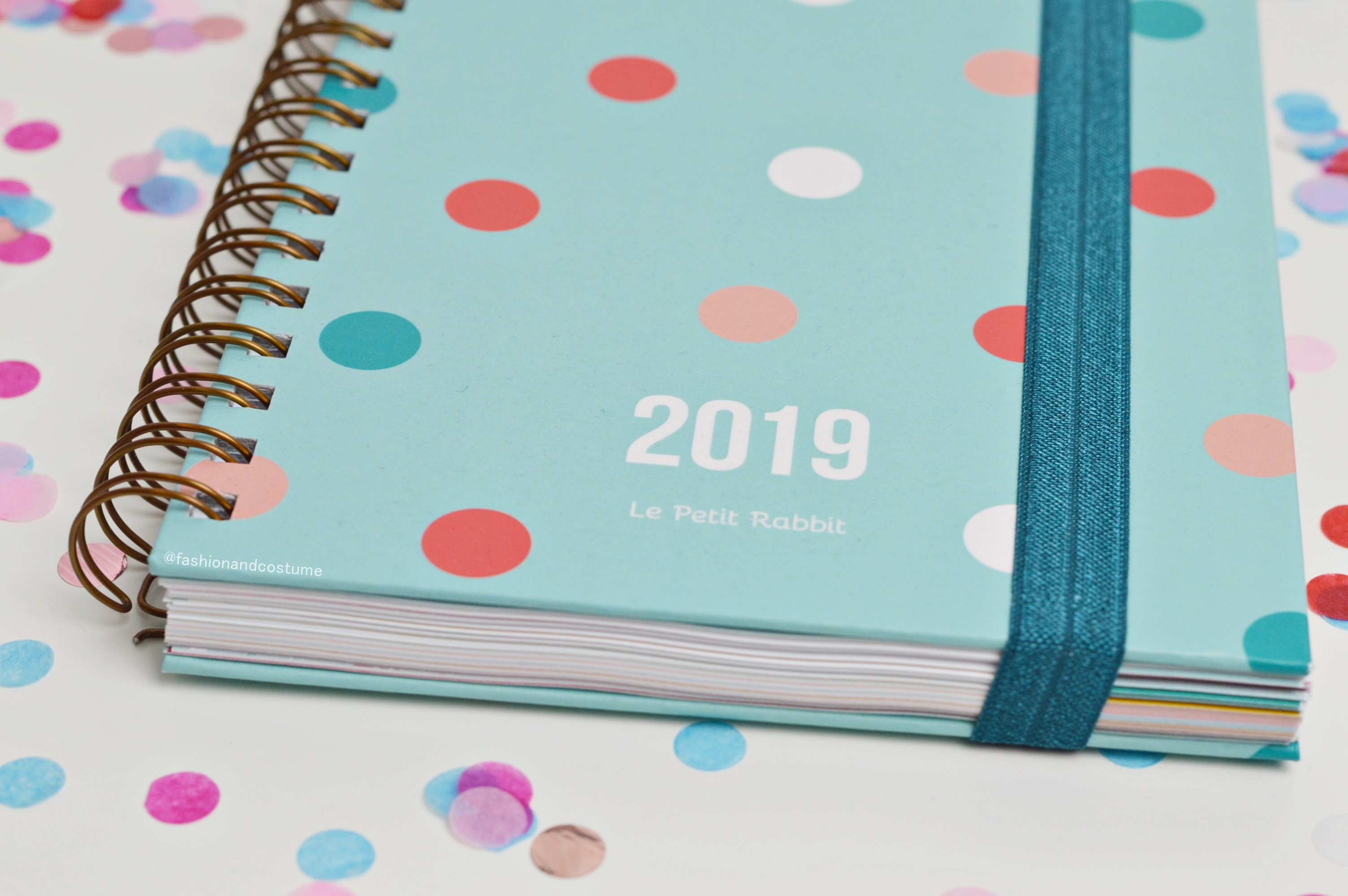 agenda-planner-2019-settimanale-weekly-giulia-lepetitrabbit-le-petit-rabbit-fashion-and-costume-fashionandcostume-graphic-designer-sticker-handmade