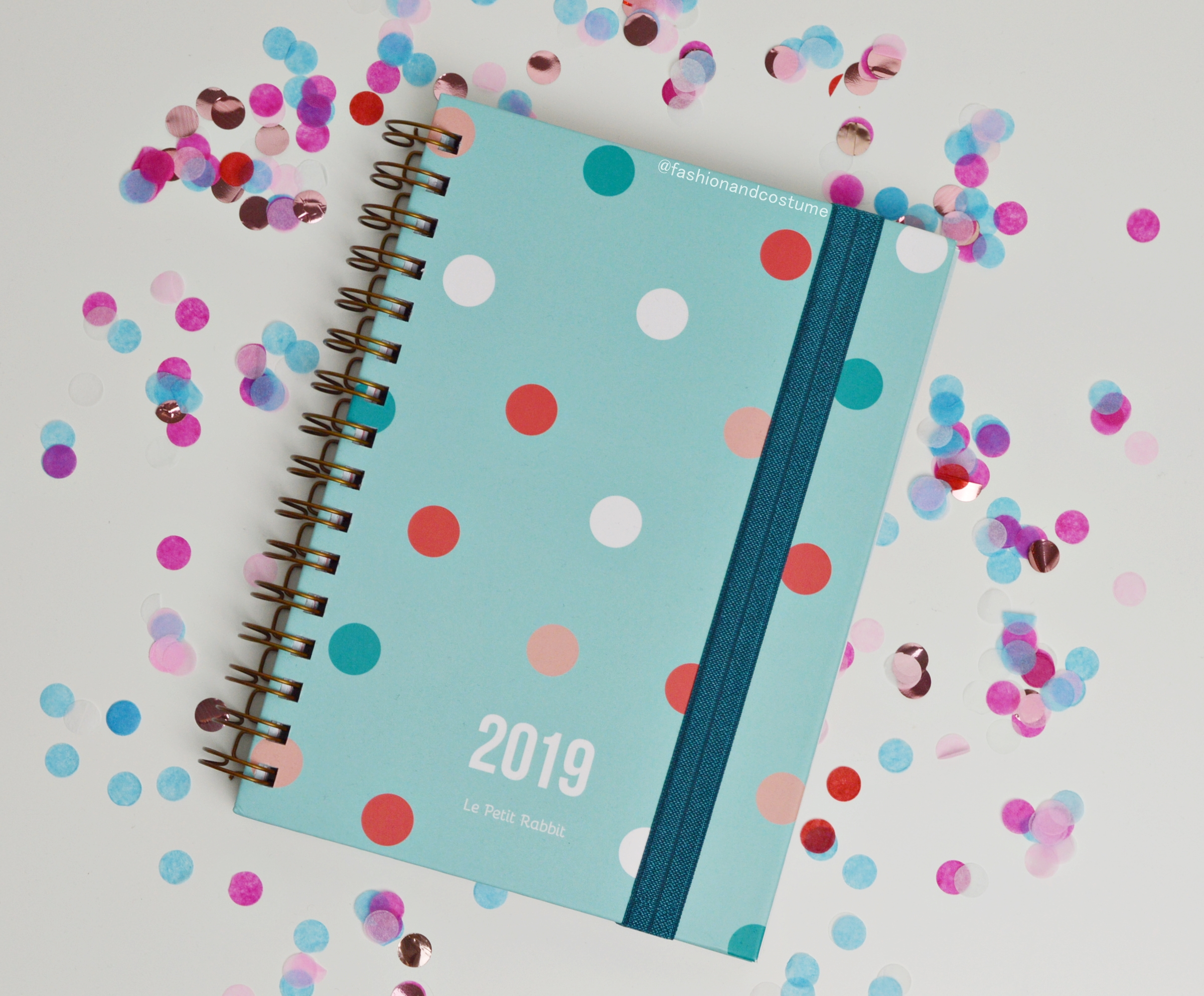 agenda-planner-2019-settimanale-weekly-giulia-lepetitrabbit-le-petit-rabbit-fashion-and-costume-fashionandcostume-graphic-designer-sticker